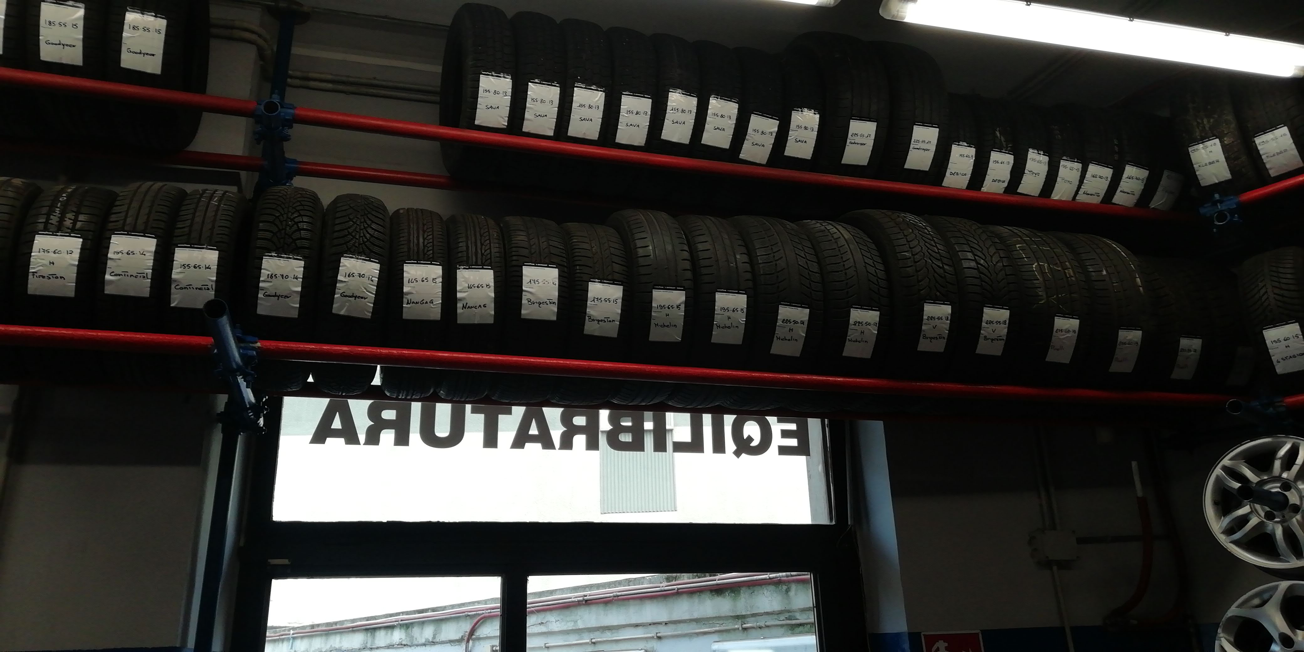 Gomme seminuove
