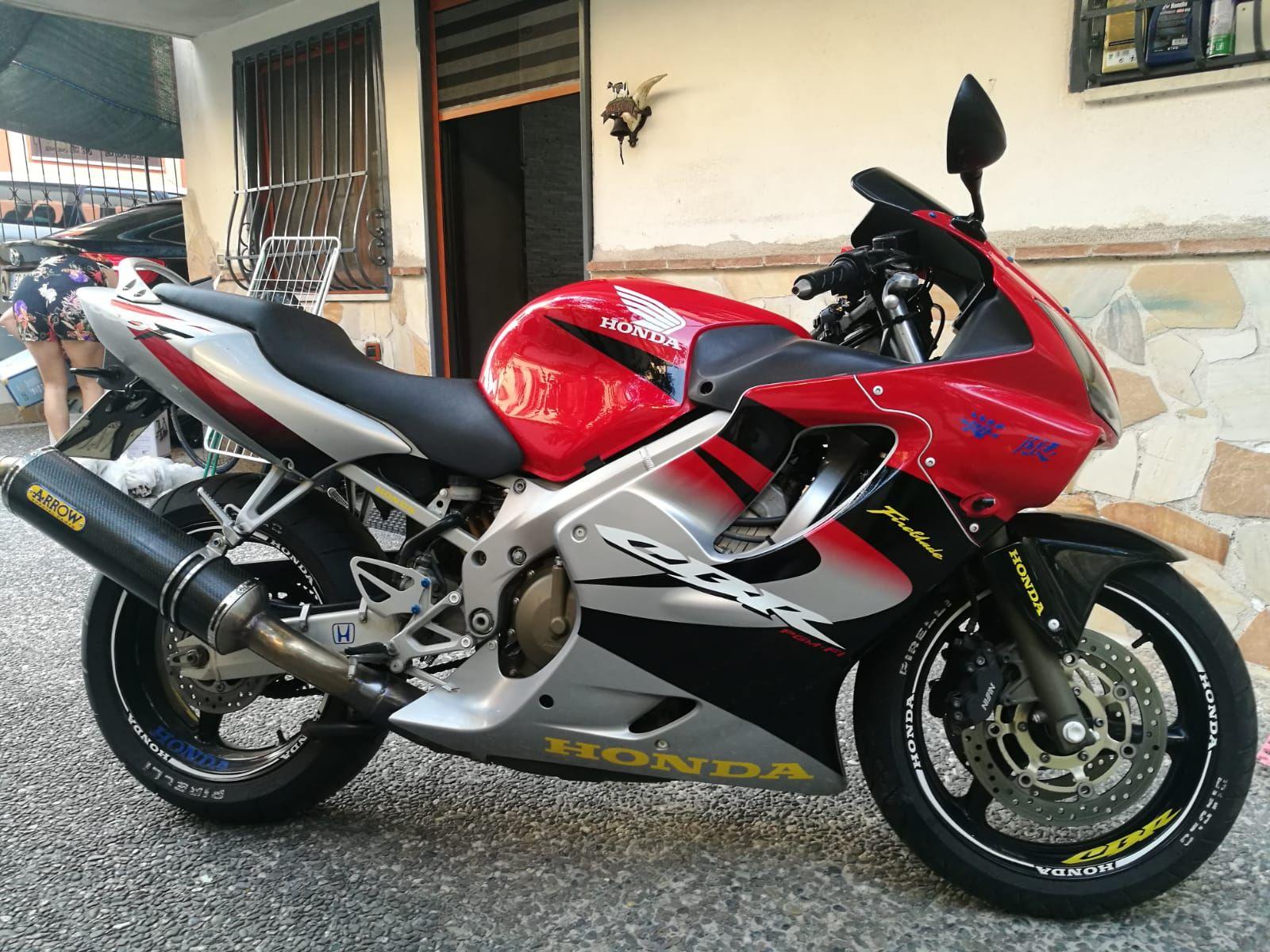 Vendo Honda CBR 6oo