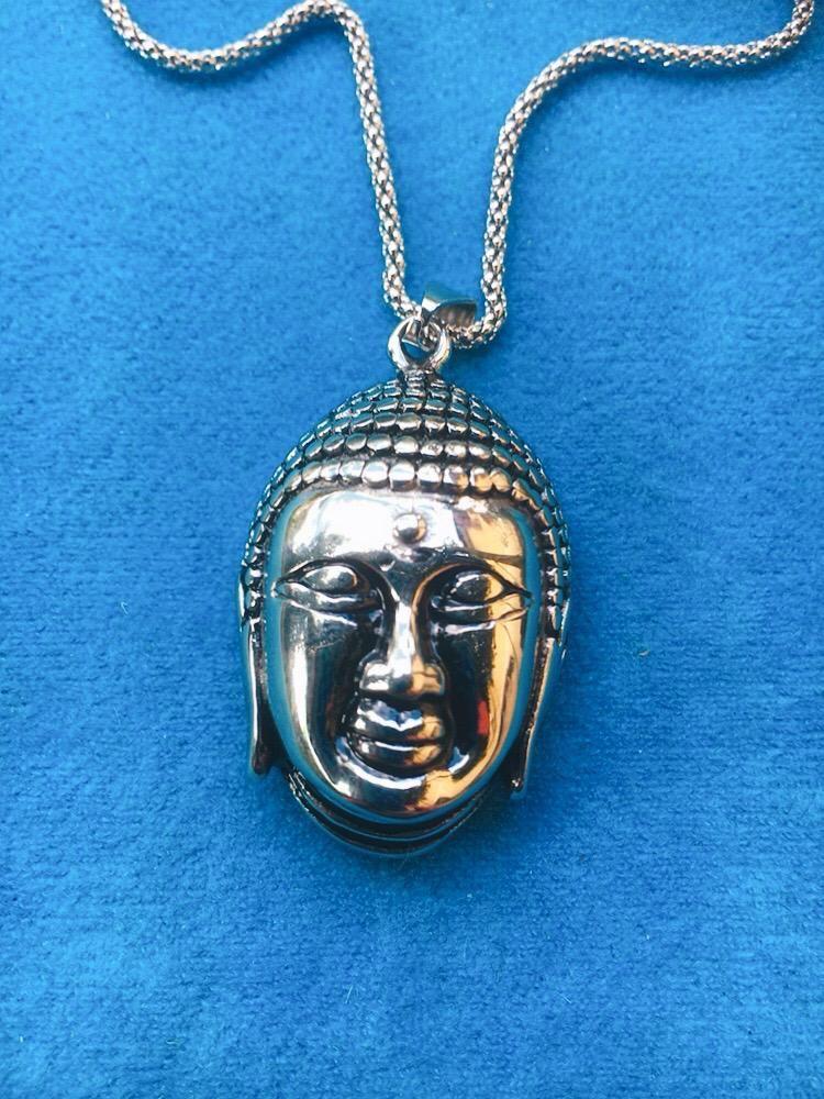 Collana con Testa di Buddha