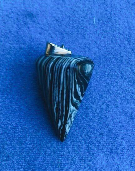 Pendolo in Actinolite