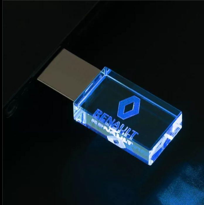 Chiavetta usb in cristallo di vetro con logo auto