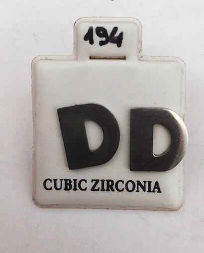 Coppia Orecchini Lettere D Cz194