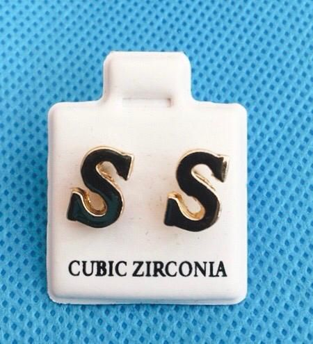 Coppia Orecchini Lettere S CZ63