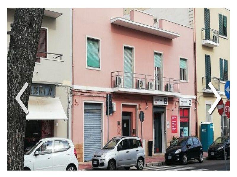 Intero stabile residenziale commerciale a Lecce