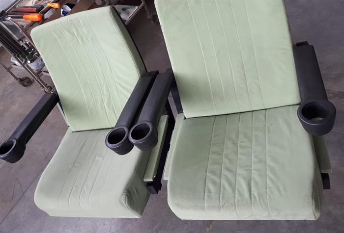 Poltrone sedie cinema teatro