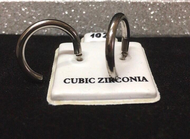 Orecchini Semicerchi CZ102