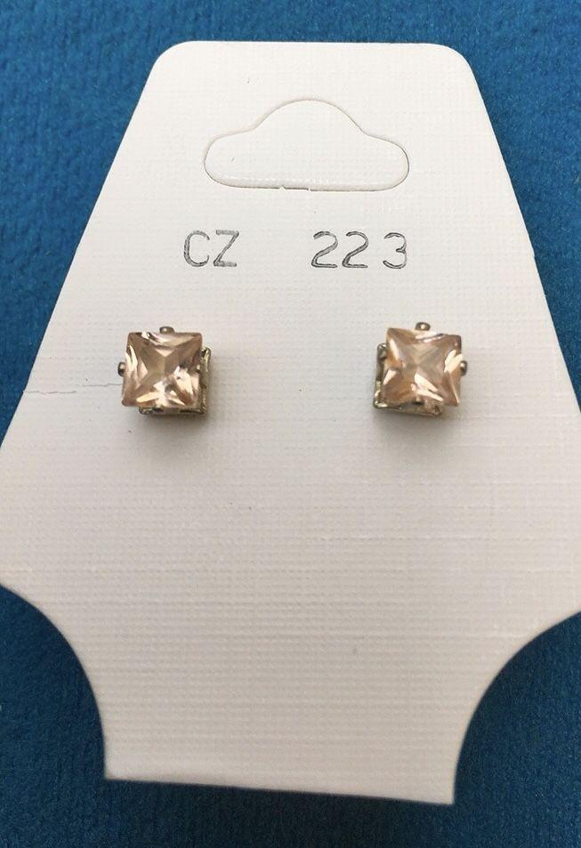 Orecchini Cristalli Beige CZ223