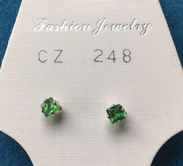Orecchini Cristalli Verdi CZ248