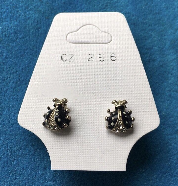 Orecchini Coccinelle Nere CZ266