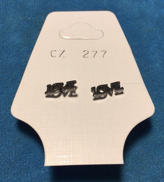 Orecchini Love CZ277