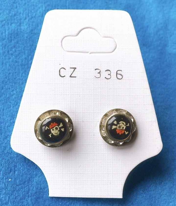 Orecchini Bottone Teschi CZ336
