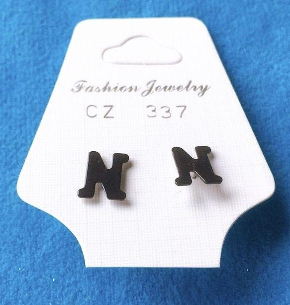 Orecchini Lettere N CZ337