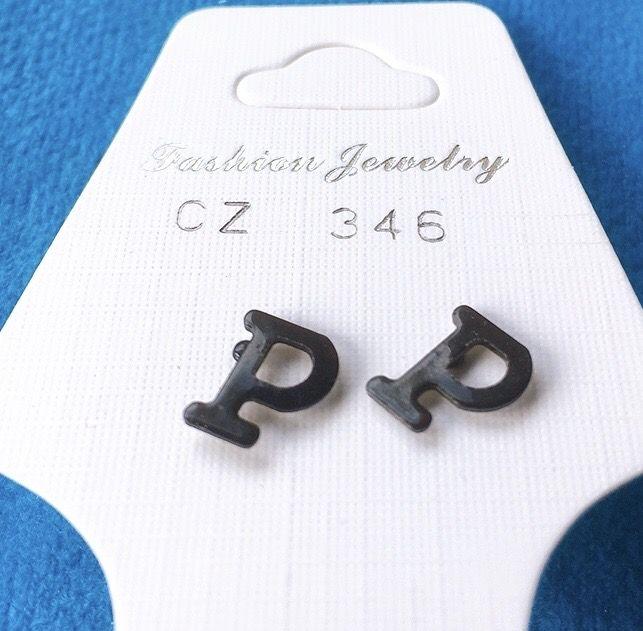 Orecchini Lettere P CZ346