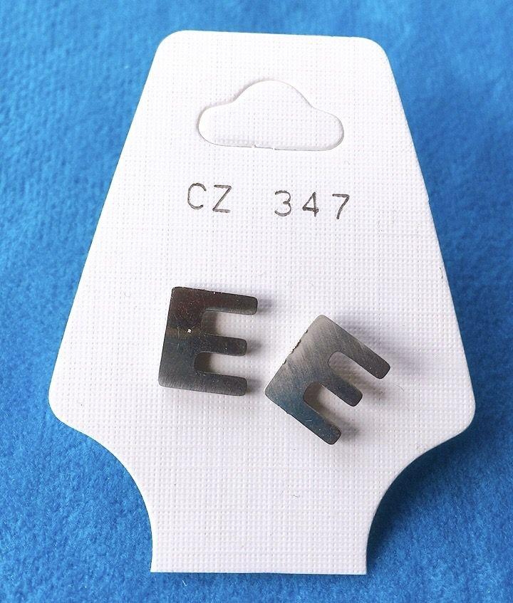 Orecchini Lettere E CZ347