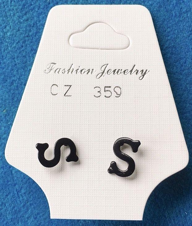 Orecchini Lettere S CZ359