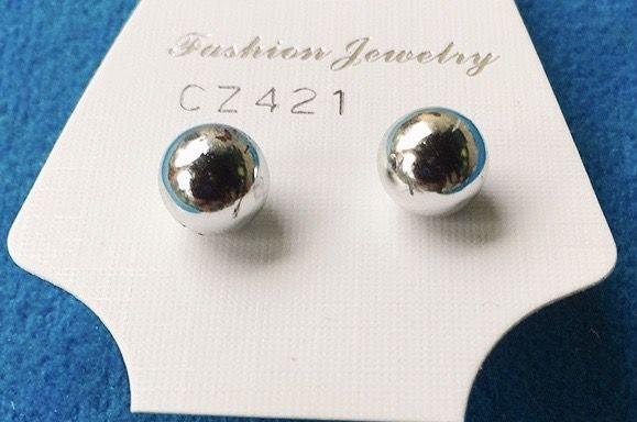 Orecchini Palline Argentate CZ421