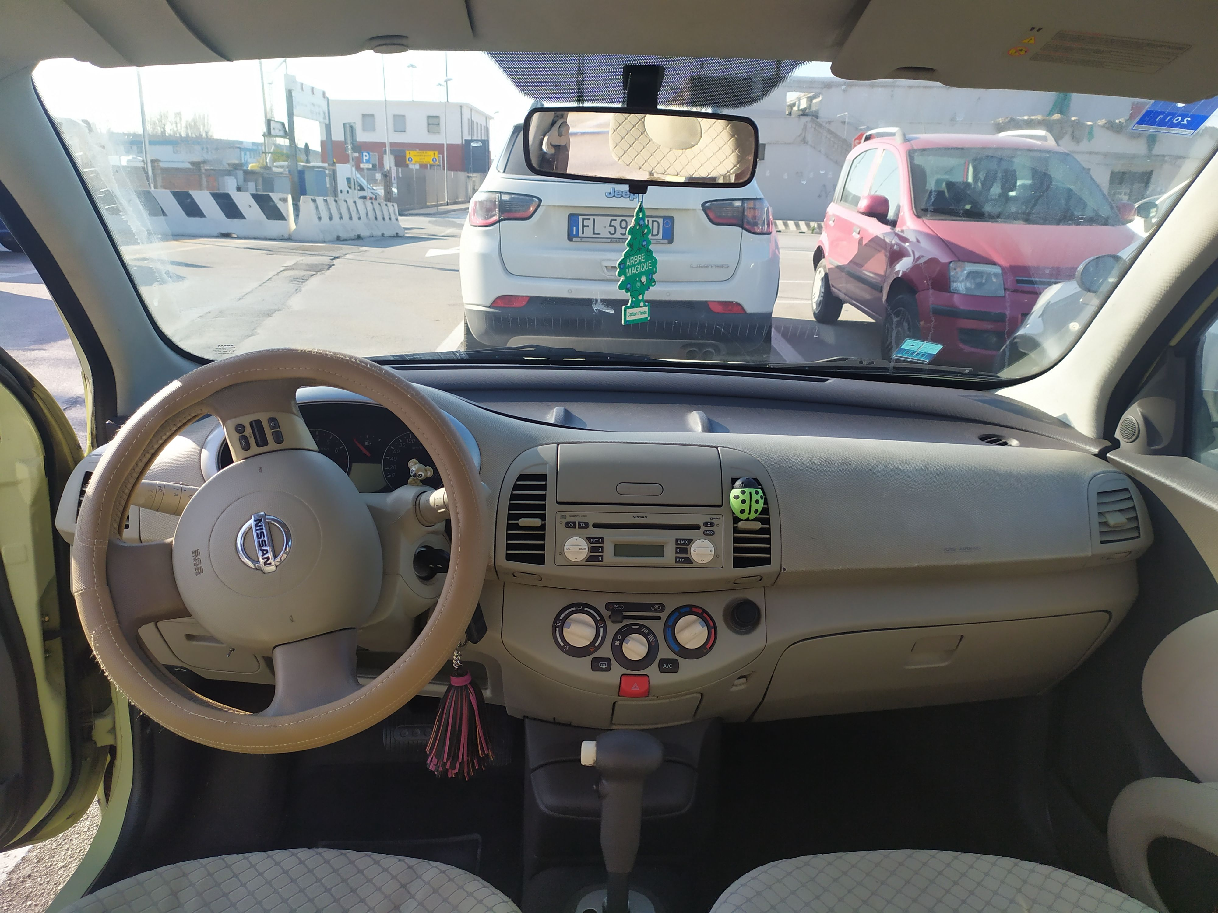 Nissan Micra Cambio Automatico benzina
