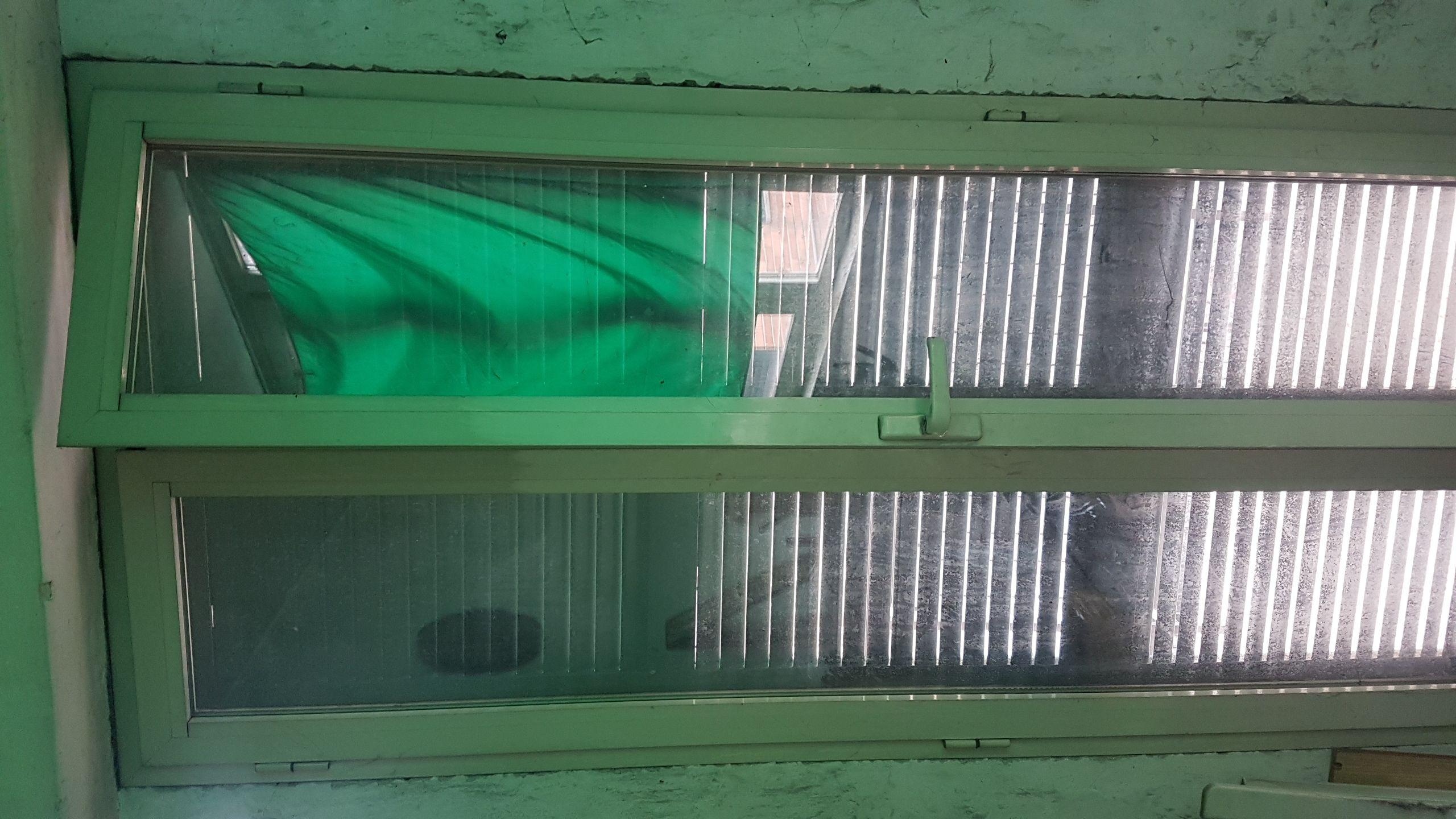 persiane in ferro e finestre in all.