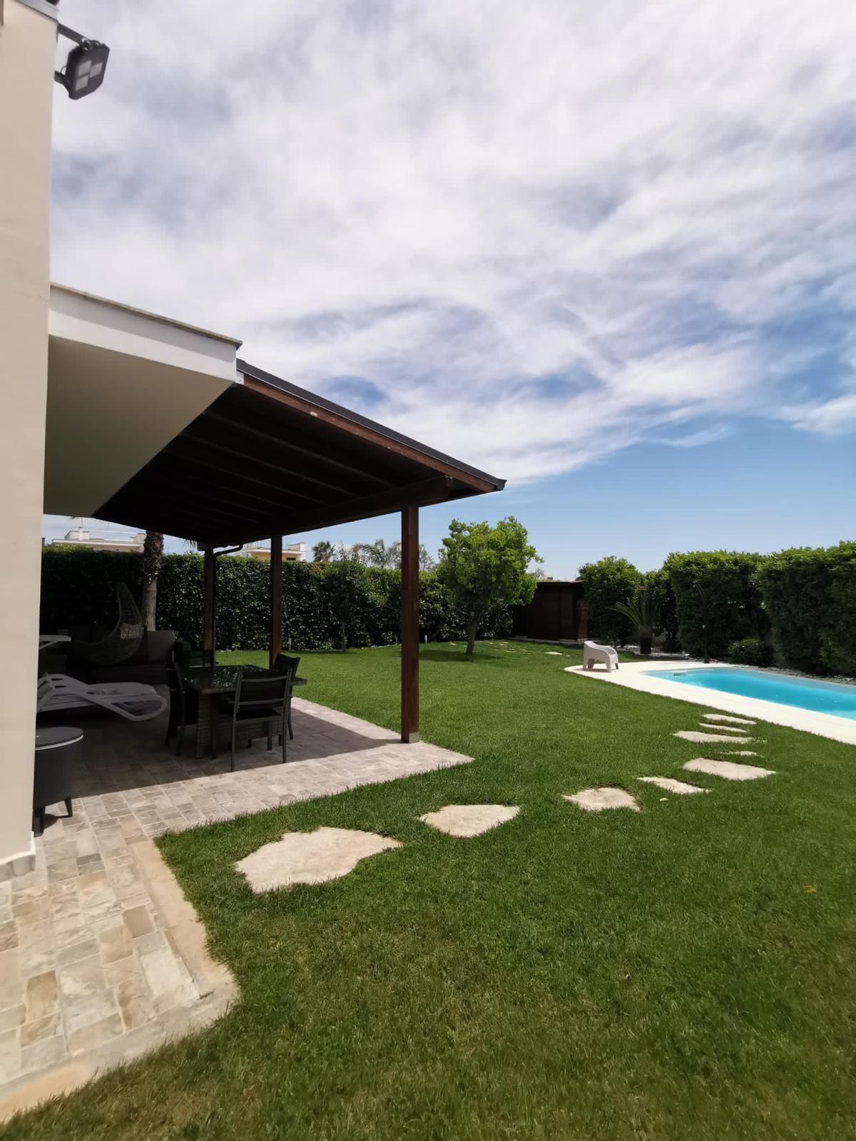 Lecce prestigiosa villa con piscina