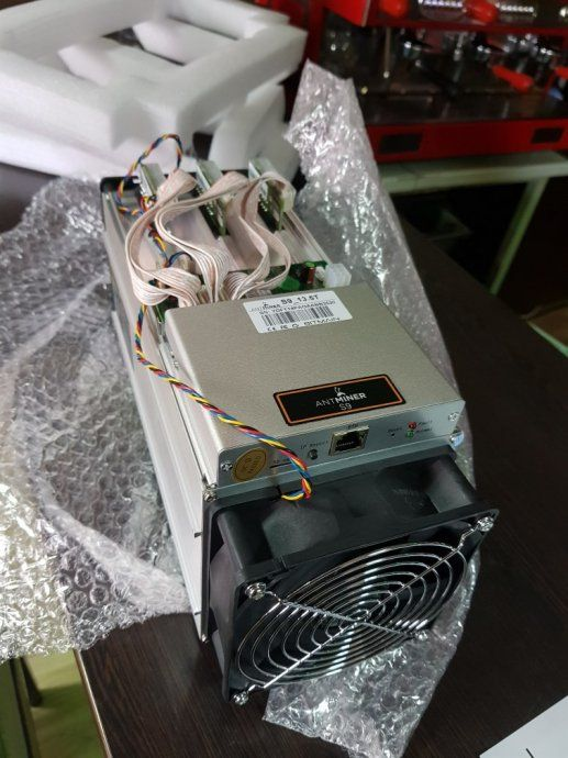 Antminer S9 Antminer S19 M30S+ whatsminer A10 Pro