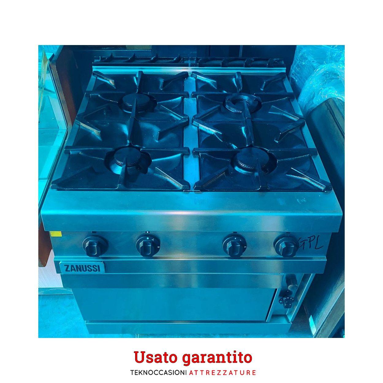 Cucina a gas 4 fuochi con forno Zanussi