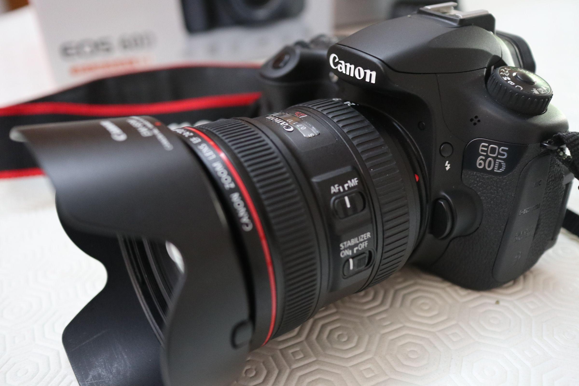 CANON REFLEX 60D